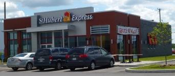 Visite du St-Hubert Express de Chambly